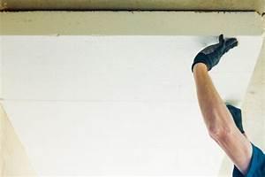 Styropor Auf Beton Kleben : styropor kleben so befestigen sie es an der decke ~ A.2002-acura-tl-radio.info Haus und Dekorationen