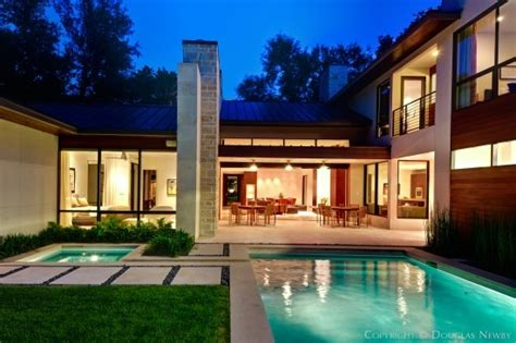 Modern Home At 4321 Valley Ridge Road, Dallas, Texas