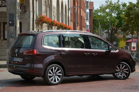 2019 Volkswagen Sharan  Car Photos Catalog 2018