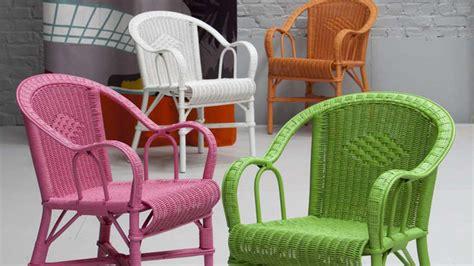 peindre un fauteuil en rotin un mobilier en rotin pour une 233 vasion de tous les instants