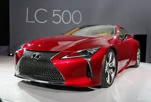 2017 Lexus LC 500 Hunts Down Mercedes S-Class Coupe in