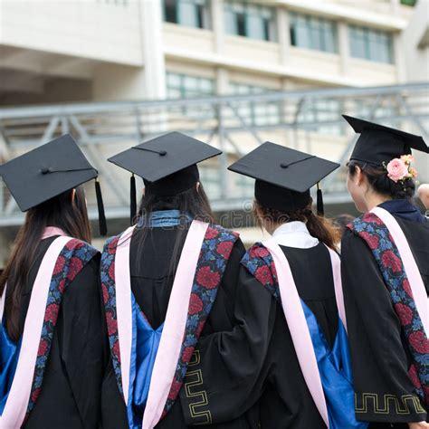 毕业生 编辑类库存图片. 图片 包括有 毕业生 - 32532944
