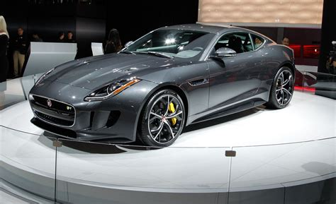 Jaguar Car : 2016 Jaguar F-type Coupe And Convertible Photos And Info