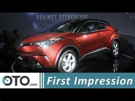 Gambar Mobil Toyota Chr Hybrid by Toyota Chr Drive Road Test Chr Oto
