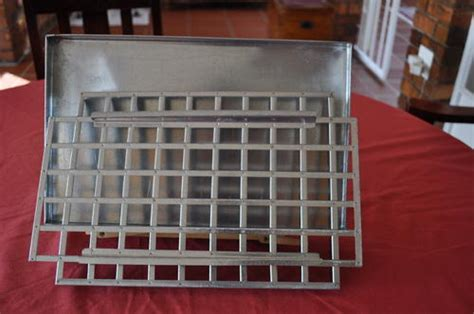 Bid Buy by Cake Pans Fudge Pan With Cutter Was Sold For R160 00 On