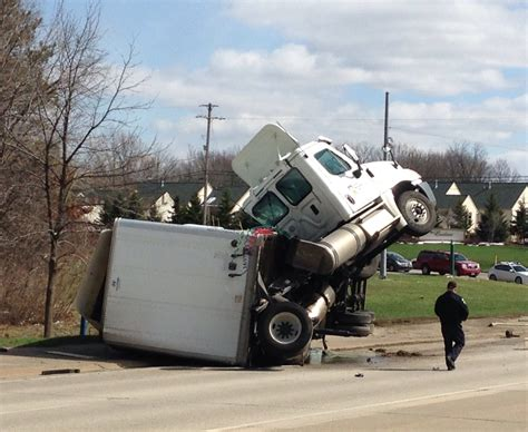 Semi-truck Tips On East Beltline After Crash