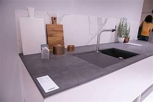 Arbeitsplatte Küche Betonoptik : k chentrends 2016 graue arbeitsplatte kitchen pinterest grau arbeitsplatten ~ Sanjose-hotels-ca.com Haus und Dekorationen