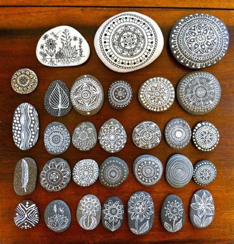 bemalte steine vorlagen 40 mandala vorlagen mandala zum ausdrucken und ausmalen