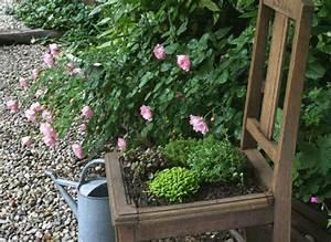 Comment Remplir Une Grande Jardinière : recycler des plantes de rocailles en si ge ~ Melissatoandfro.com Idées de Décoration