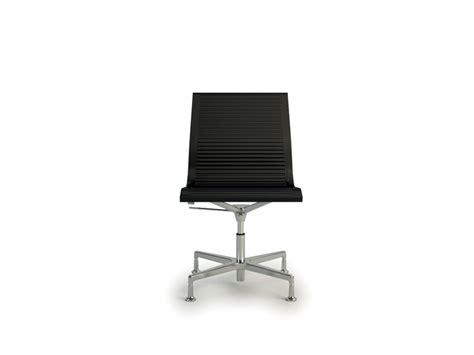 pied de chaise de bureau nulite chaise design en cuir de bureau pied fixe pivotant sans accoudoirs