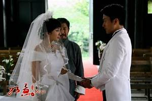 Yang Mi and Hawick Lau get married- China.org.cn