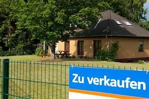 Haus Zwangsversteigerungen Ablauf : immobilien zwangsversteigerungen von h usern gehen zur ck die welt ~ Frokenaadalensverden.com Haus und Dekorationen