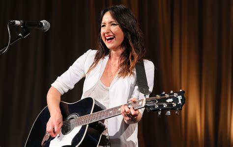Kt Tunstall Books Concert At Buffalo Iron