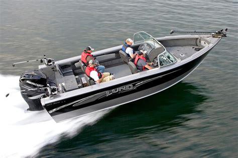 lund  baron freshwater fishing boat  sale