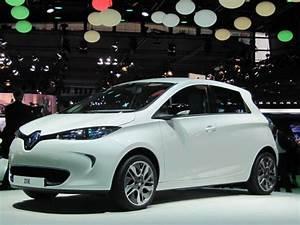 Europe Automobile : first renault zoe electric car delivered in france ~ Gottalentnigeria.com Avis de Voitures