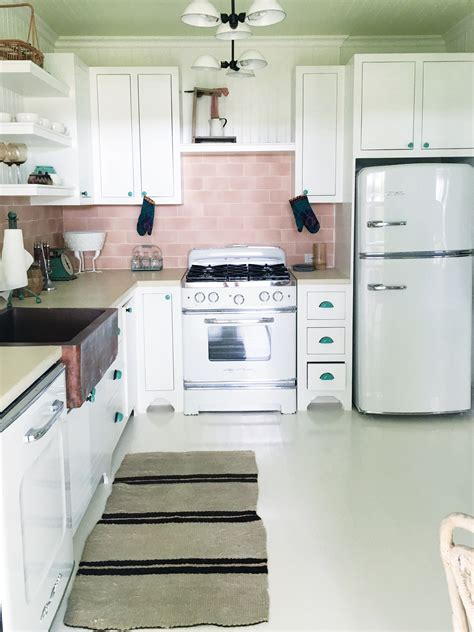 Retro Kitchen  Cococozy. Single Or Double Kitchen Sink. Apron Front Farmhouse Kitchen Sinks. Small Sinks For Kitchens. Kitchen Sink Plumbing Repair. Low Hot Water Pressure Kitchen Sink. Kohler Cast Iron Undermount Kitchen Sink. Wren Kitchen Sinks. Kitchen Sink Mounting Hardware