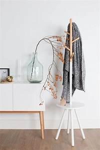 Garderobenständer Weiß Holz : design garderobenst nder holz ~ Markanthonyermac.com Haus und Dekorationen