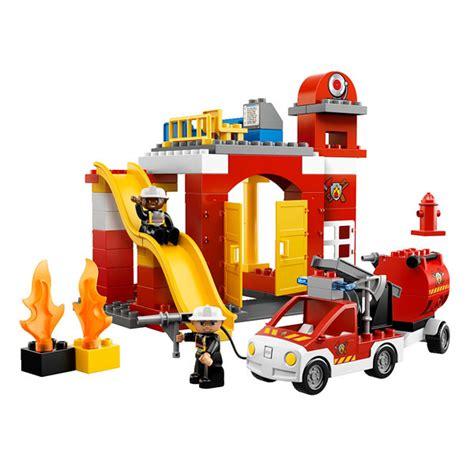 siege auto om 6168 la caserne des pompiers lego king jouet lego