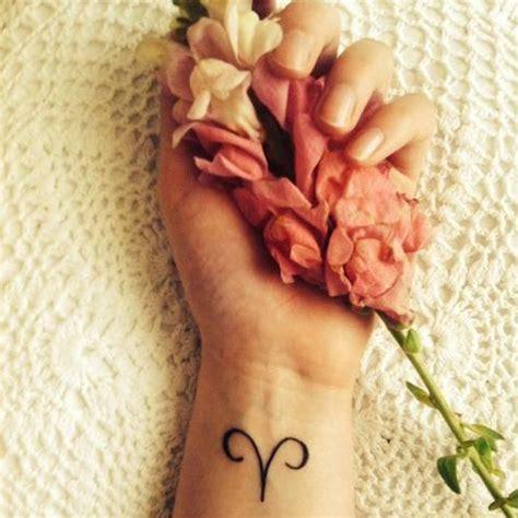 Tatouage Signe Astrologique Bélier Symbole  Quel Tatouage