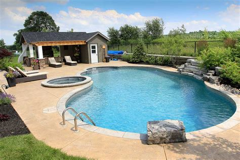 Swimming Pool Landscaping Ideas From Local Pool