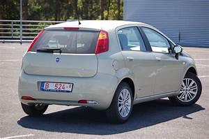 Fiat Grand Punto : fiat grande punto ~ Medecine-chirurgie-esthetiques.com Avis de Voitures