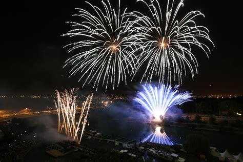 bals et feux d artifices des 13 et 14 juillet en val de