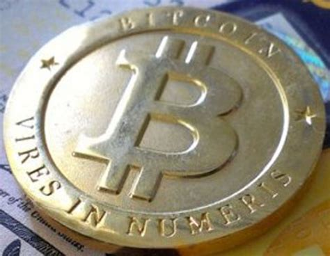 Bitcoins can be sent to someone across the world as easily as one can pass cash across the counter. Seful Fiscului din New York sustine Bitcoin | Ziarul National