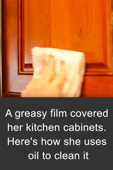 how to clean grease from kitchen cabinets remove grease from kitchen cabinets with this common item 9332