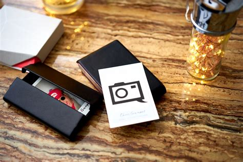 review moocoms nfc business cards  photographers