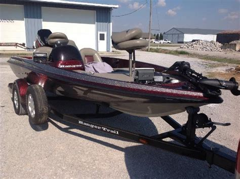 Hanks Boats by Hank S Sales Service Boats For Sale 4 Boats