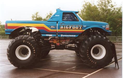 all bigfoot monster trucks bigfoot monster truck