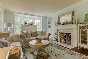 1940's Farmhouse in the City - Shabby chic - Living Room