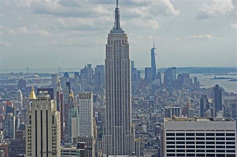 The Top 5 Manhattan Sights To Enjoy From A Chopper Hotel