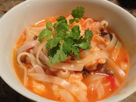 cuisine yum yum tom yum noodle soup dispatches from the castle