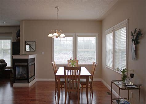 dining room chandelier off center » Dining room decor