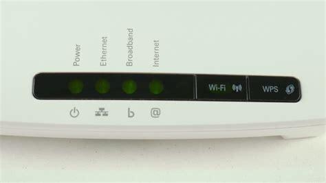 red internet light on verizon router internet light keeps flashing on router mouthtoears com