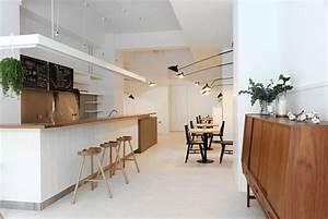 K C Coffee Shop by Mole Design - InteriorZine