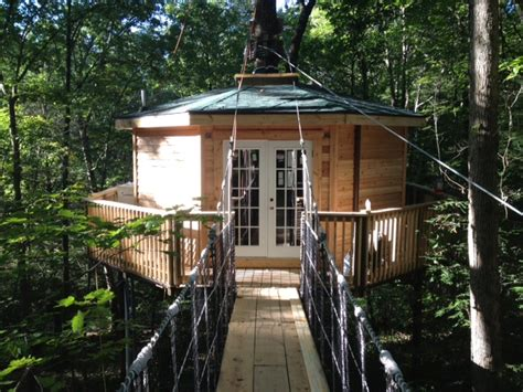 new river gorge cabins country road cabins opens new tree house lodging new
