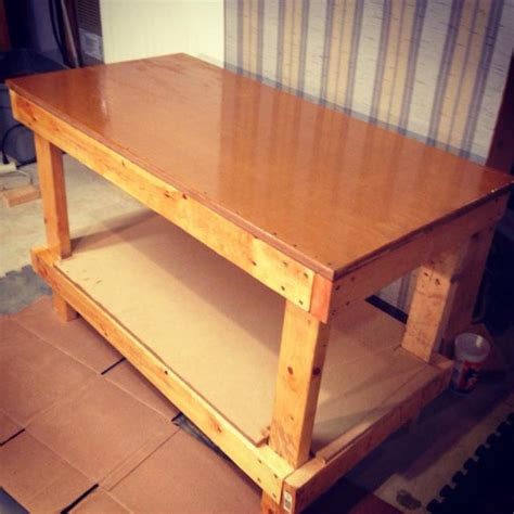 How To Make A Table For Wood Shop With Simple Materials