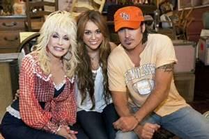 Dolly Parton & Matthew Settle Talk Miley Cyrus | Memi Support