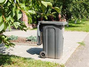 Dirty, Trash, Can, Stock, Photo, Image, Of, Dustbin, Litter
