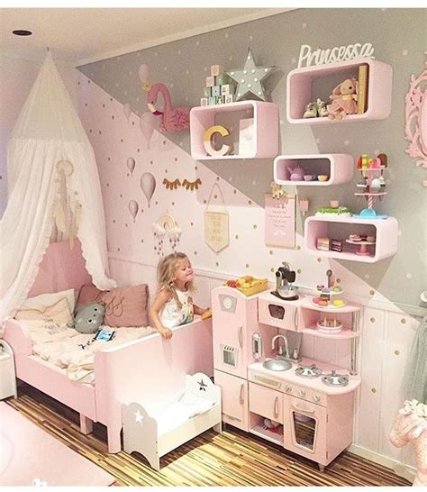 Toddler Bedroom Ideas For Small Rooms by A Toddler Bedroom With Many Diy Ideas This