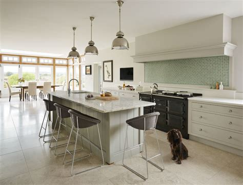 martins country kitchen kitchen by martin habibi interiors 4026