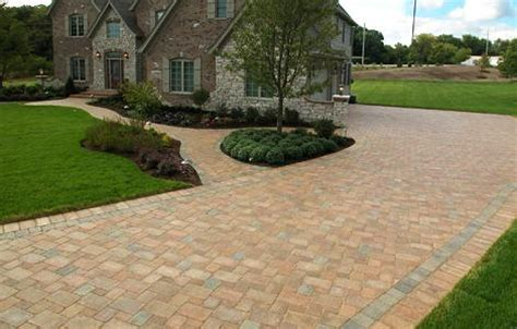 Olde Greenwich Cobble  Pavers  Pavers & Retaining Walls