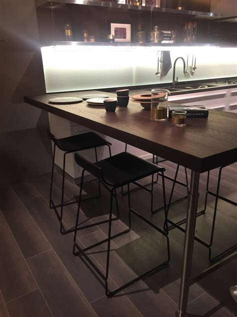 Kitchen Table Bar Height by How To Make The Most Of A Bar Height Table