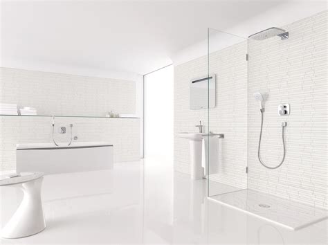 White Bath by Hansgrohe White Cabana