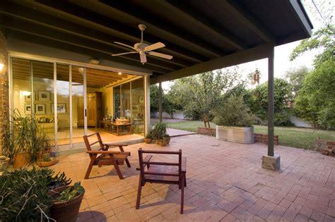 covered patio modern patio phoenix  brooks