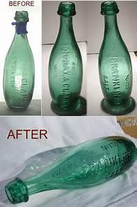 Bottle, Den