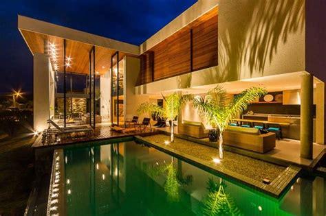 modern house  spagnuolo arquitetura londrina brazil