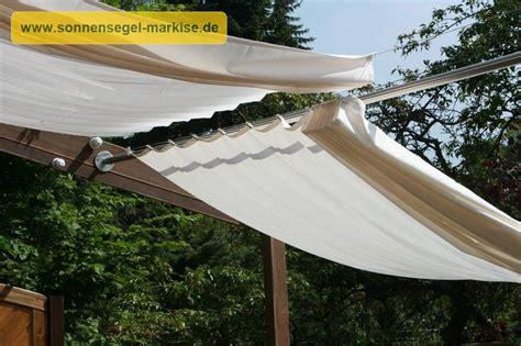 Sonnendach Für Balkon by Holzpergola Schr 228 G Kombinierter Sonnenschutz Regenschutz